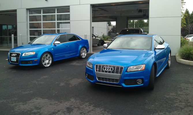 Sprint Blue Siblings
