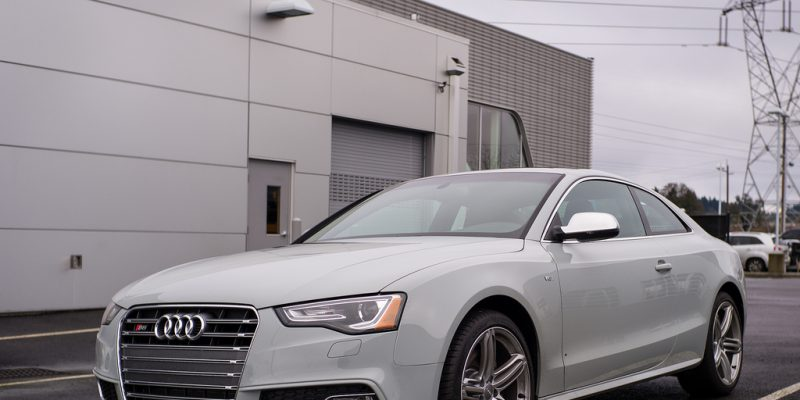 Exclusive Sport Classic Gray S5 Photo Shoot