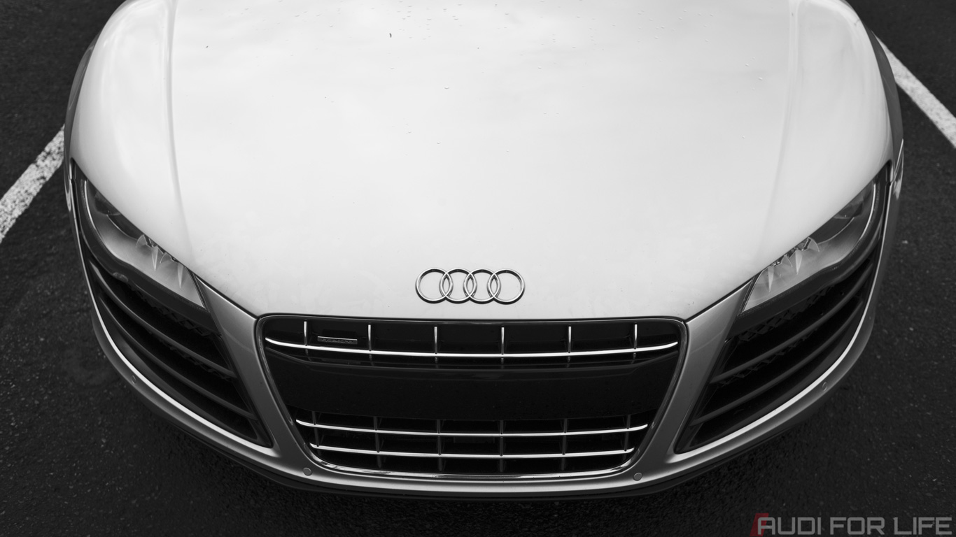 Wallpaper: Menacing #WantAnR8 V10