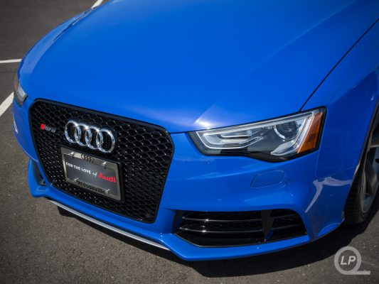 Nogaro Blue Audi RS 5 Wallpaper for Retina iPads