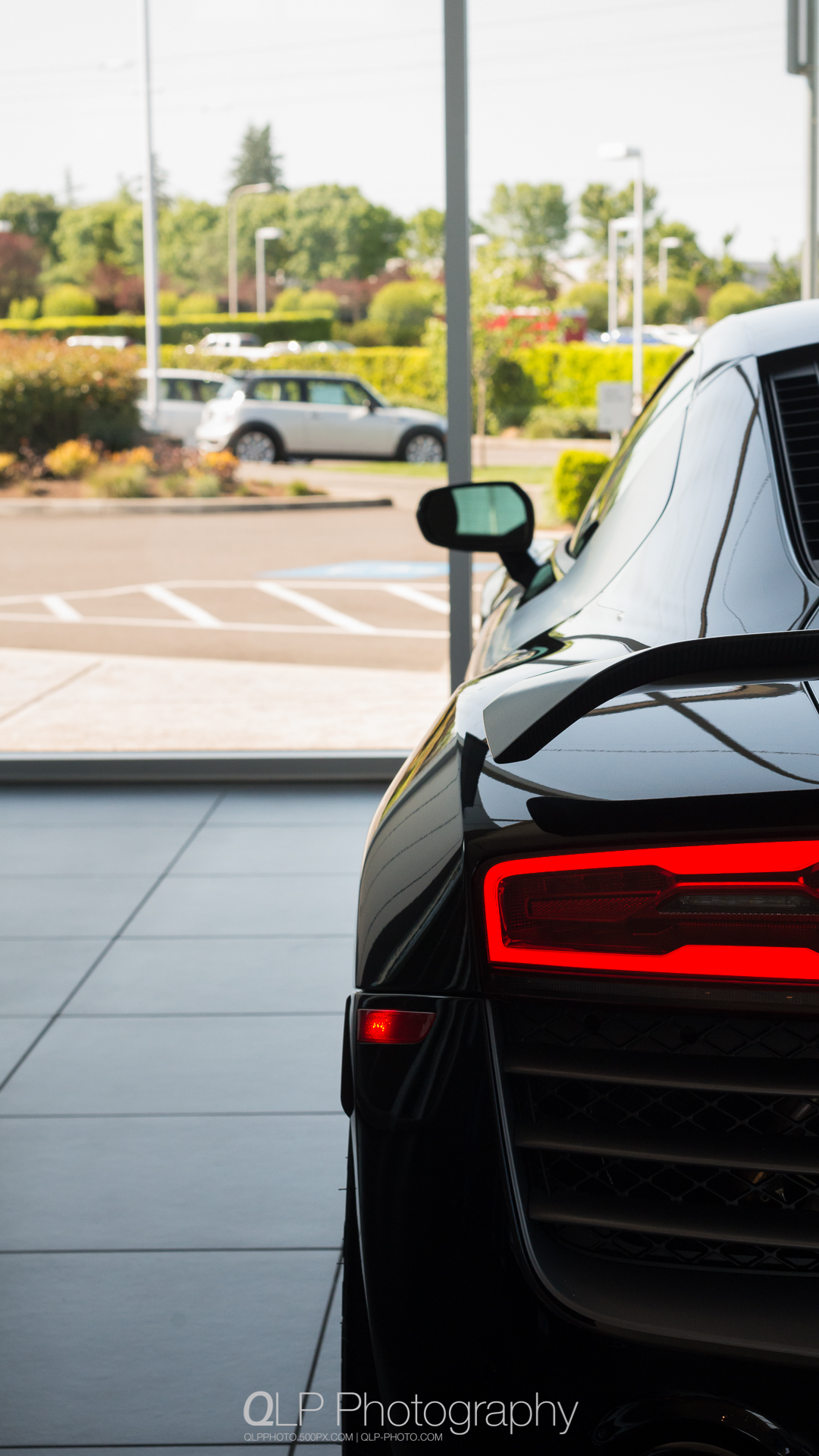 Mythos Black Audi R8 competition Phone Wallpaper. Photo by QLP Photography