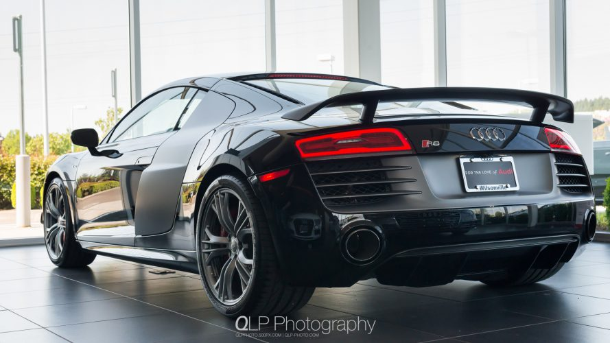 Mythos Black Audi R8 competition Phone and Desktop Wallpapers